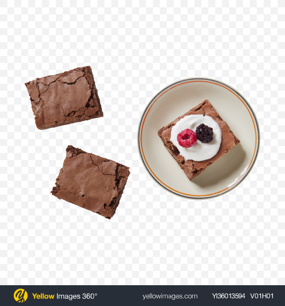 Download Brownie Pieces w/ Berries & Cream Transparent PNG on YELLOW Images