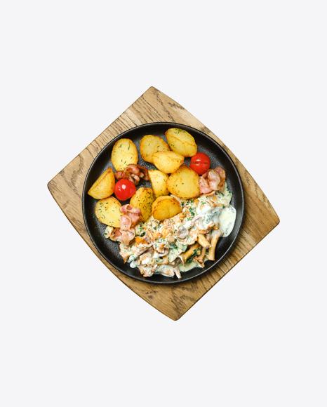Country Potatoes w/ Chanterelles, Bacon & Sour Cream